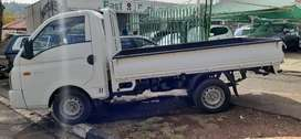 Hyundai H100 2.6 bakkie available in excellent condition.