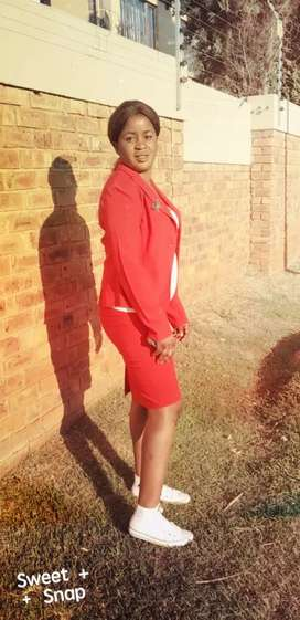 I'm lucky Malawian lady  ...with experience  and reference