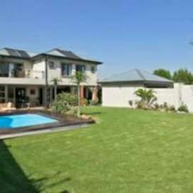 5 beds 5 bath house available for sale Midstream Estate