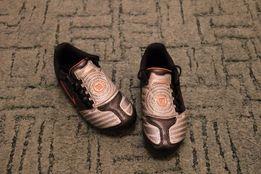 Продам фирменные детские кроссовки Nike