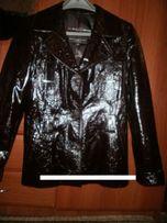 Новая кожаная куртка р. 46