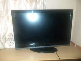"Mercer 40"" monitor"