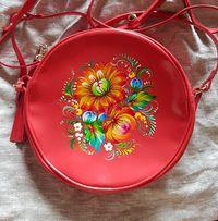 Женская кожаная лаковая сумочка