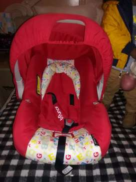 Car seat from New born to 18 months