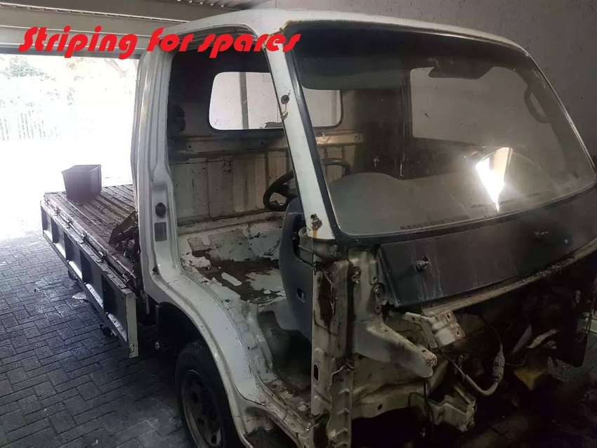 Kia k2700 stripping for spares 0