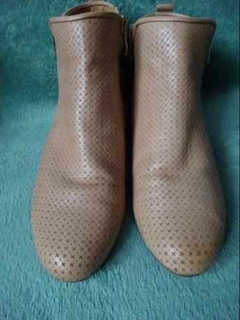 Caprice walking on air botki r.39 wkładka 25,3 cm buty obuwie kozaki Poznań - image 2