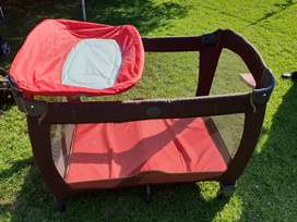 Graco Contour Electra Camping Cot with accessories