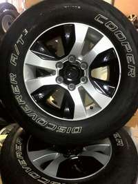 """Image of 17"""" toyota mags with discorvary cooper usd tyres"""