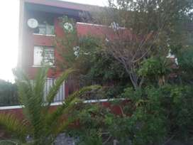 WYNBERG TOP FLOOR STUDIO APARTMENT