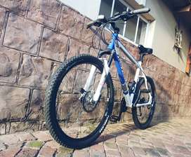 Raleigh nomad 26 inch Mountain bike
