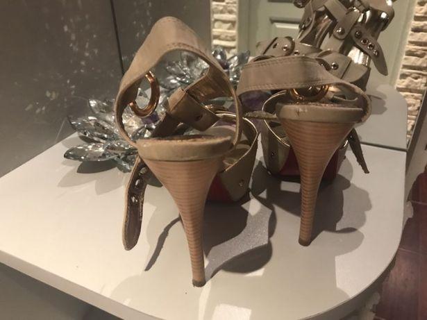 Buty 37 sandały Chorzów - image 1