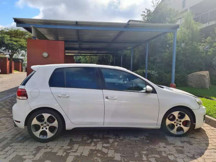 2012 VW Golf 6 available for sale