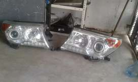 Land cruiser V8 Toyota headlights