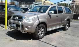 Toyota hillux d4d bakkie  on sale
