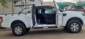 FORD RANGER 2.2 EXTRA CAB BAKKIE AVAILABLE IN EXCELLENT CONDITION