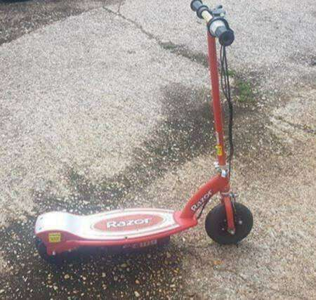 Razor scooter with charger