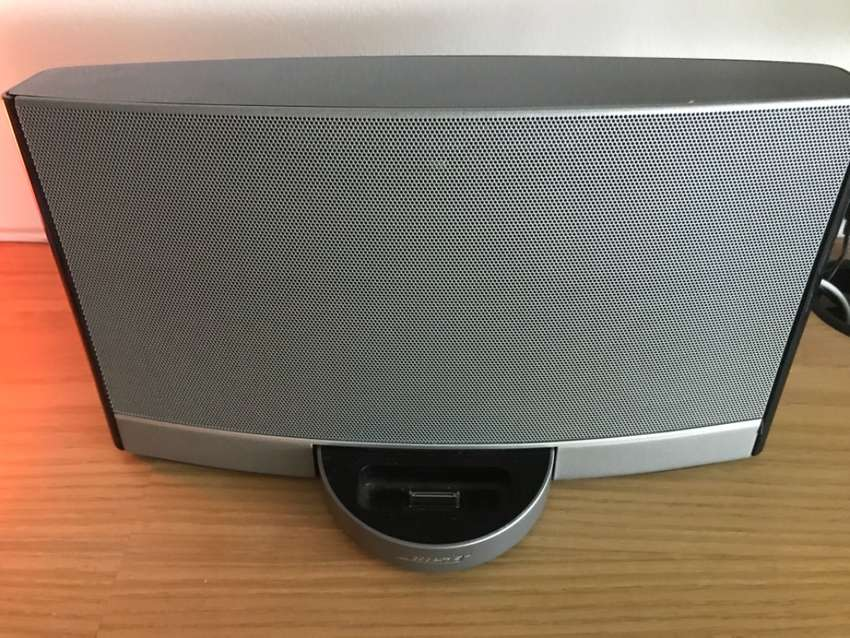 Bose Rechargeable Docking 0