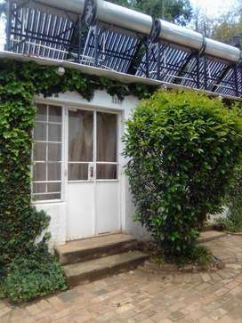 Sharing or private rooms to rent in Rosebank