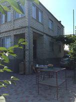 Продам кирпичный дом с молодым фруктовым садом, с. Виноградовка