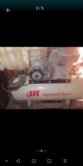 270L 3 phase Ingersoll rand compressor