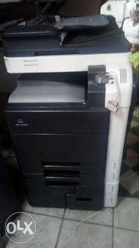 Bizhub c220 photocopier machine 0