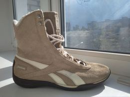 Reebok ботинки сапоги Борцовки бежевые замшевые чоботи