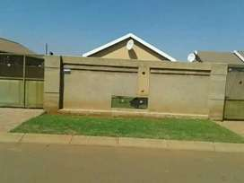 RENT TO BUY PROTEA GLEN EXT
