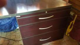 L shape wooden desk with drawers