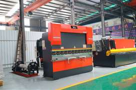 CNC PRESS BRAKE / BENDING MACHINE