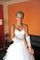 Sprzedam suknia ślubna biała 36/38 wzrost 168 cm. Piękna! Tanio!!