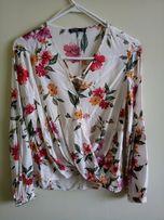 Блуза bershka на запах в цветок цветочный принт с рукавами-воланами