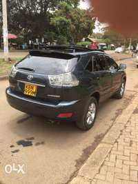 Toyota Harrier with sunroof on sale 0