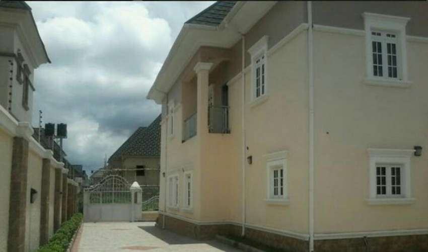 Beautiful house for sale at Gwarimpa abuja 0