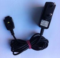 зарядное устройство samsung TAD037EBE 5V 0.7A