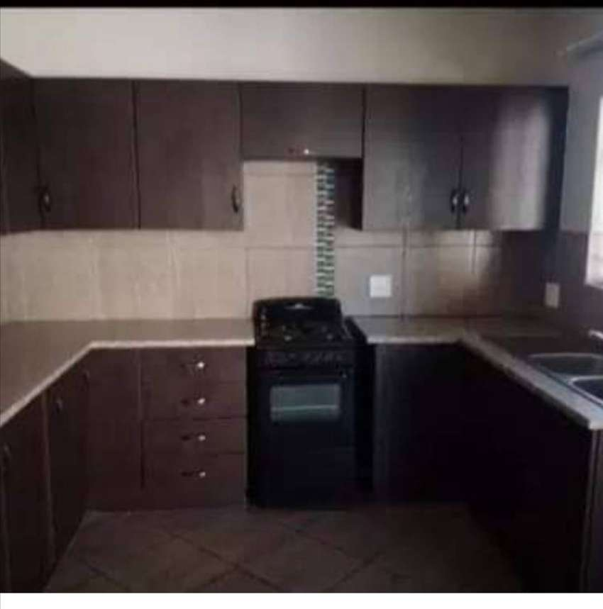 2 bedroom apartment to share 0