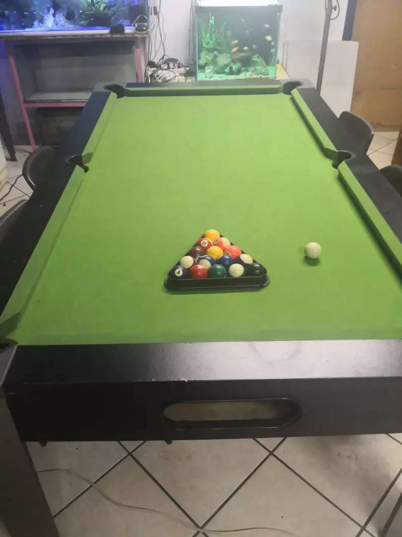 Pool table 0