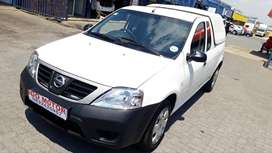 2018 Nissan NP200 1.6i 60000km R112000 with Canop