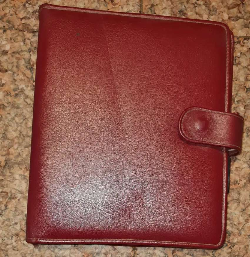 PORTFOLIO - REFILLABLE DIARY - OXBLOOD COLOUR - LEATHER