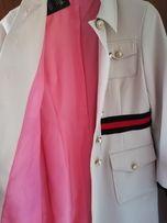 Nowy płaszcz włoski Gucci