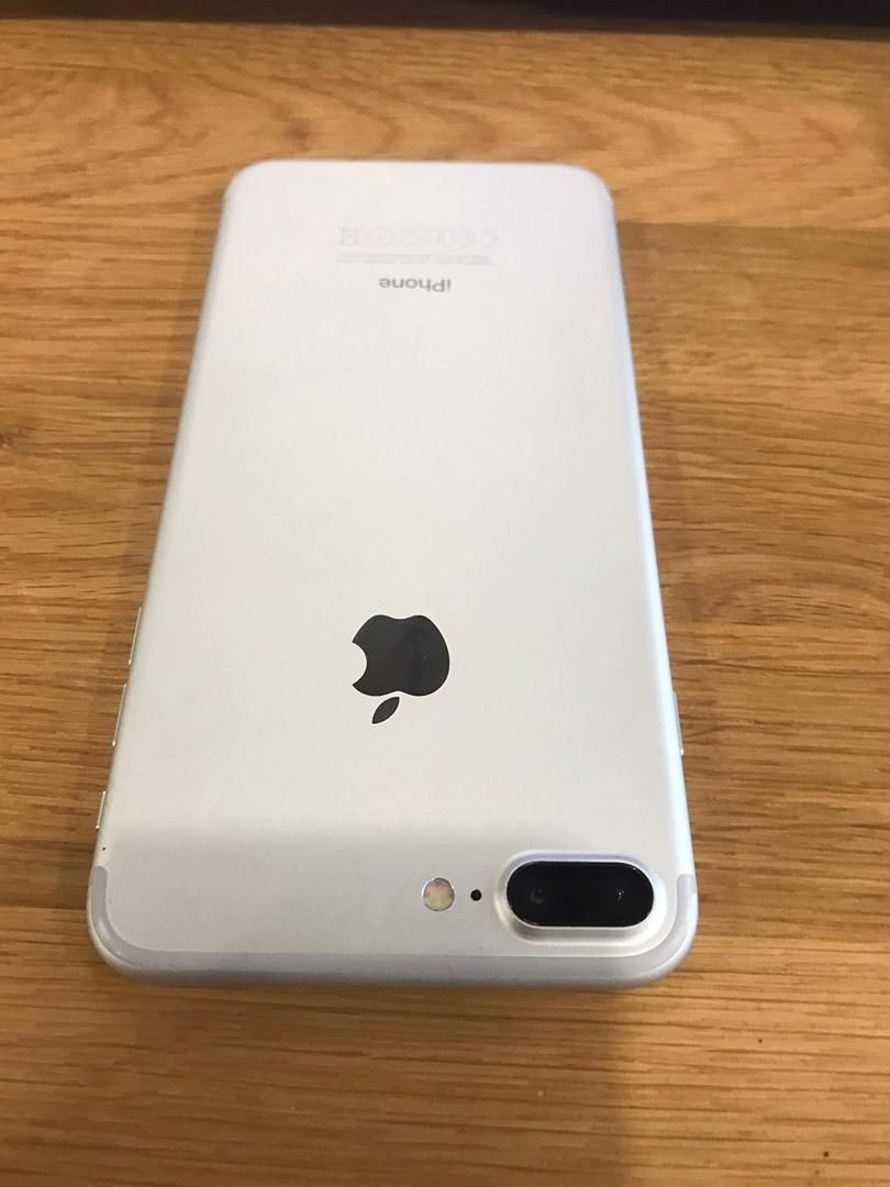iPhone 7 Plus/Silver-Top 0