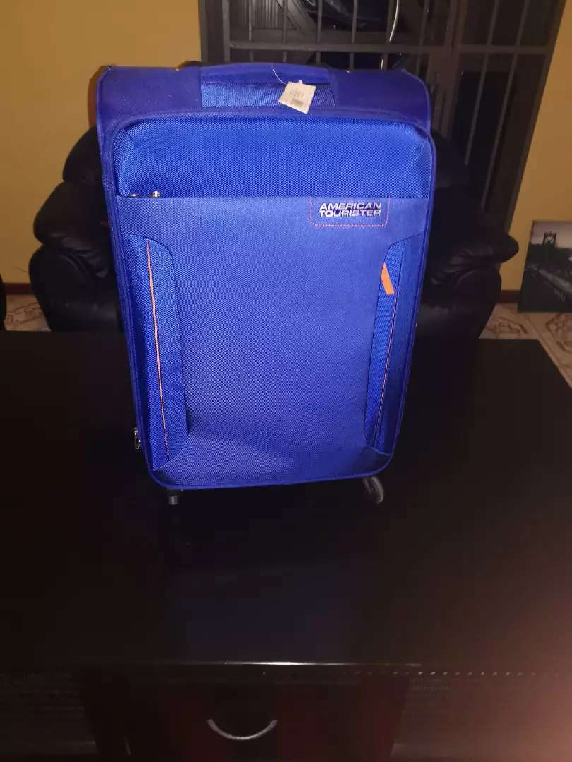 American tourister Troy spinner 0