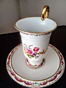 This nice cup and saucer set in good condition