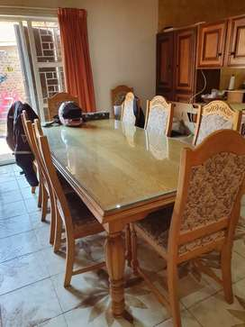 10 seater table and heated side server