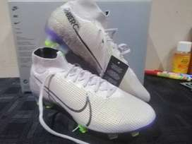 "Brand New Nike Mercurial Superfly ""Earth Pack"""