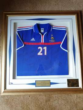 France European & World Soccer Champions Signed shirt Price negotiable
