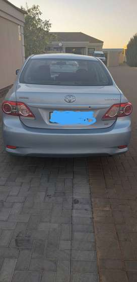 Second hand car Toyota corolla 1.6 2012 silver