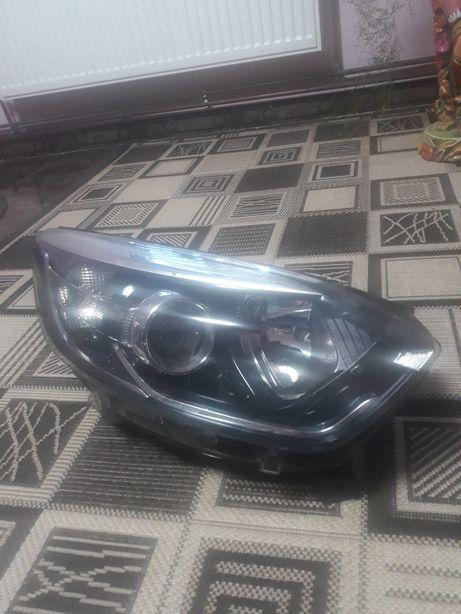 Фара права до Renault Kaptur 260100947R
