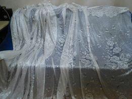 """Тюль белая с""""махровыми """"цветами 230 х 240 см две С лентой"""