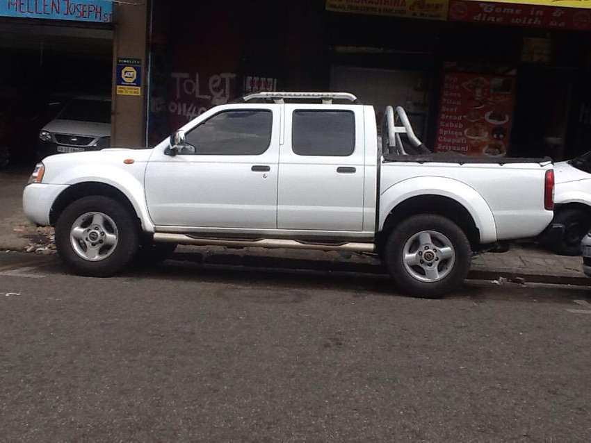 ISUZU BAKKIE 2010 available now for sale in perfect condition dont mis
