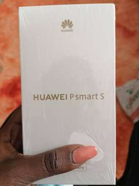 Brand new huawei p smart s 2021 selling for R 4100